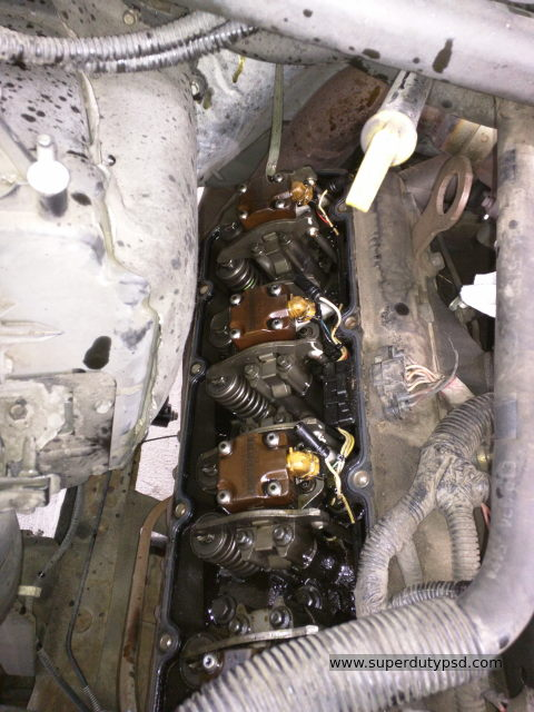 passenger's side cylinder head with valve cover off